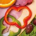 3004 Genießerfrühstück: Farmerschinken, Salami, Käse, Paprika, Salat